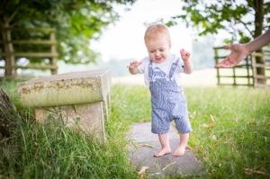 baby-walking